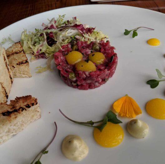 Dining, Bella Luna Inn